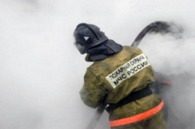 В Ямальском районе пожар уничтожил дом на четыре квартиры