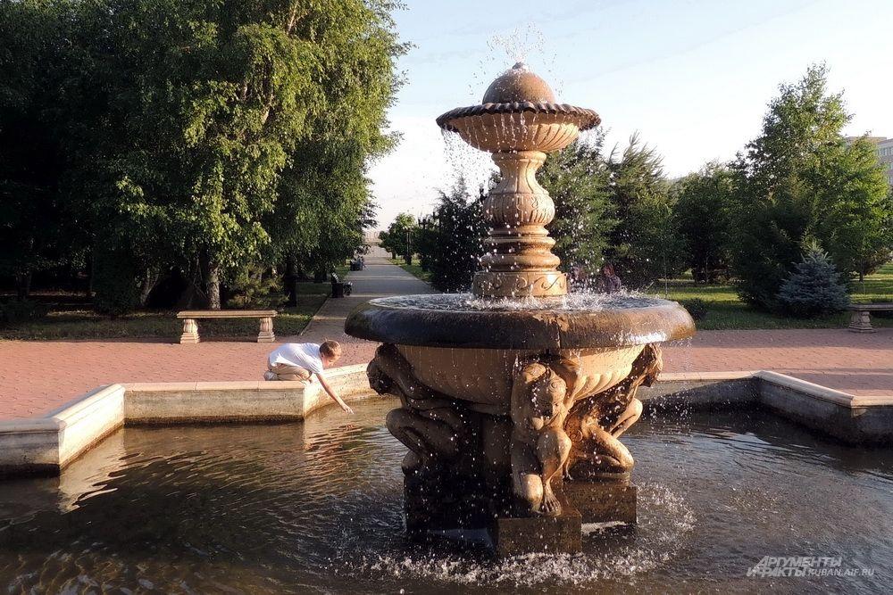 Действующий фонтан.