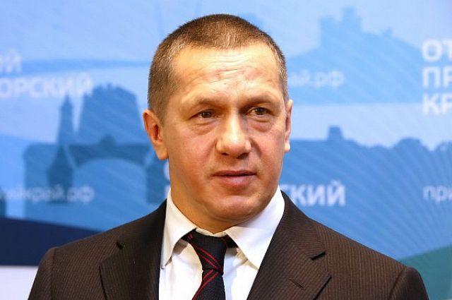 Юрий Трутнев продолжит заниматься развитием Дальнего Востока. Но в его обязанности войдёт ещё и развитие российской Арктики.