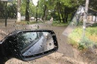В Омске почти каждый день идут дожди.