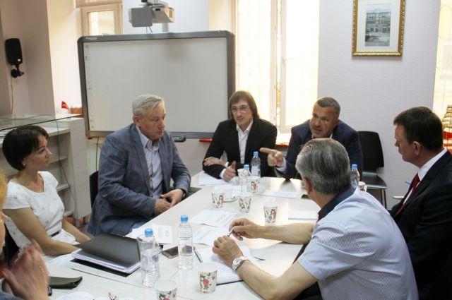 Эксперты обсудили вопросы, касающиеся ТСЖ.