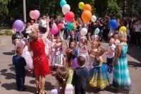 Сотни миллионов родительских денег уходит на организацию выпускных былов из детсада в одной только Ростовской области.