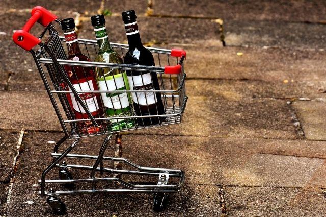 За розничную продажу спиртного 1 июня будут штрафовать.