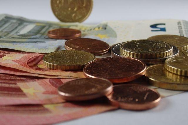 Ямальским алиментщикам напомнили о долгах накануне Дня защиты детей