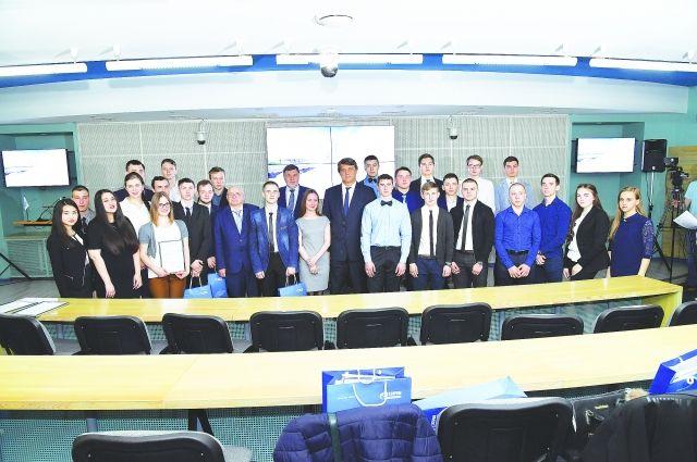28 студентов получили в 2018 году именные стипендии ОНПЗ.