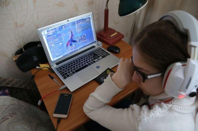 Школьники крайне редко делятся с родителями деталями своей интернет-жизни.