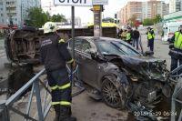 В аварии пострадала женщина-пассажир микроавтобуса.