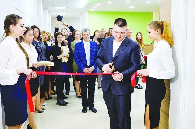 В Омске состоялось открытие центра EZRAMED CLINIC.