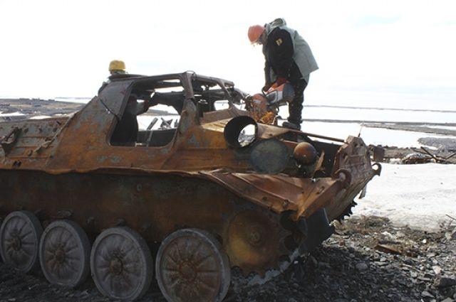 Арктический мусор остался с советских времен.