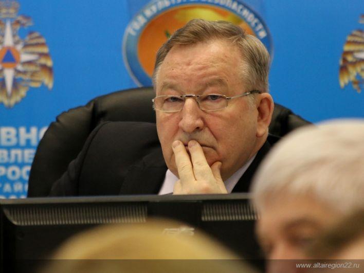 Губернатор на заседании комиссии по ЧС.