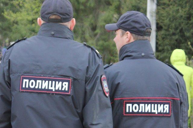 В ГУ МВД по Пермскому краю информацию о вызове полиции подтвердили.