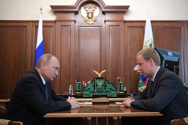 Виктор Томенко и Владимир Путин.
