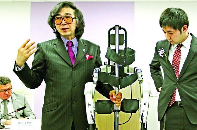 Японский робот может читать мысли на любом языке.
