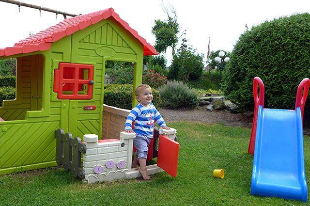 Как развлечь детей на даче?