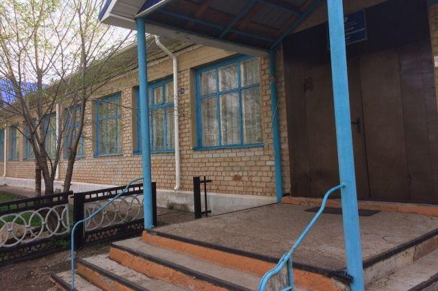 Марьевская школа ждет ремонта.