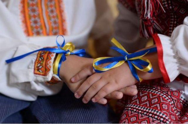Порошенко объявил в Украине десятилетие украинского языка