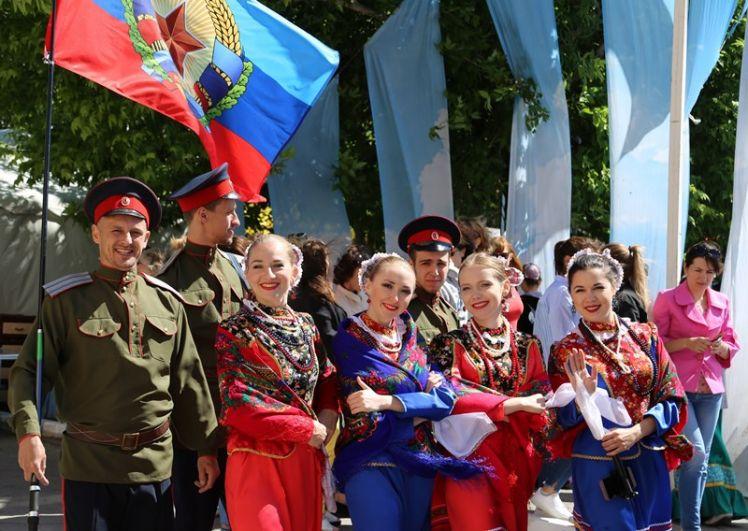 Праздник «Шолоховская весна» вот уже 33 года не теряет своей популярности, внесён в Национальный календарь событий, удостоен нескольких престижных премий.