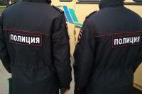 Подозрительное спиртное полиция заметила случайно в ходе рутинной проверки документов у приезжих на заработки иностранных граждан