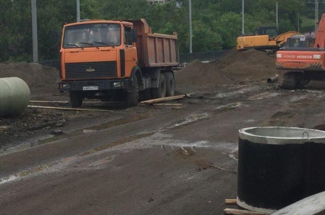 Строительство трассы будет идти поэтапно.