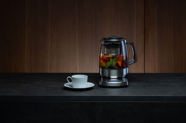 Чайник Bork – стильный дизайн, пользовательский комфорт и безопасность.