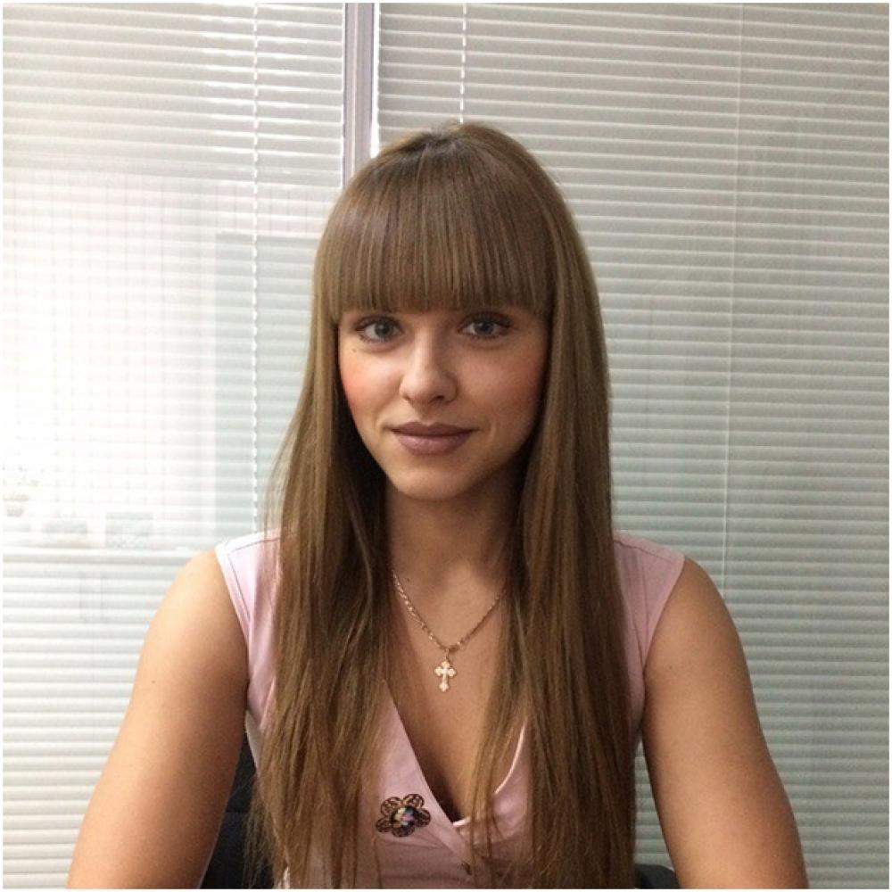 """Серебренникова Мария Александровна, 1992 г.р.,  работает руководителем клиентской службы в """"Евразия моторс"""", хобби - спорт."""
