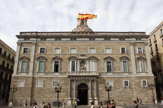 Парламент Испании объявил вотум недоверия премьер-министру