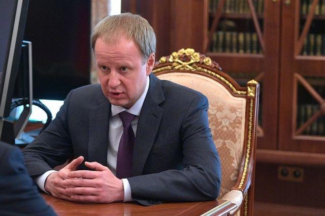 Виктор Томенко уехал в Алтайский край.