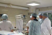 Двоим пациентам, возможно, потребуется оперативное лечение в отсроченном периоде.