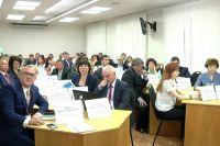 Одна из главных проблем медицины в Кемеровской области - дефицит кадров.