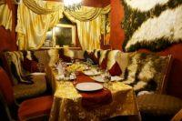 В банкет-кафе «Тайна» несколько тематических залов.