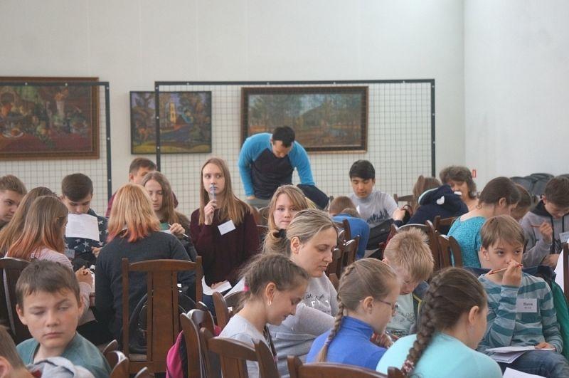 Они также побывали на нескольких мастер-классах, тренингах и семинарах.