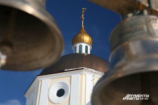 Под Калининградом полуголый мужчина напал на монахинь женского монастыря.
