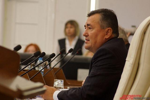 Валерий Сухих расскажет об основных направлениях политики региона в сфере здравоохранения.