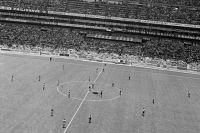 ЧМ-1970: Сборные команды СССР (слева) и Уругвая.