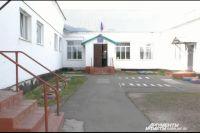 Школа в п.9 Января построена более полувека назад.