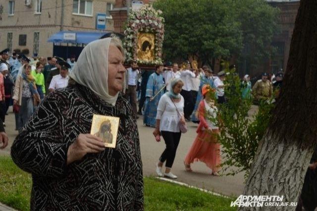 Крестный ход с Табынской иконой ежегодно проводится в Оренбурге.
