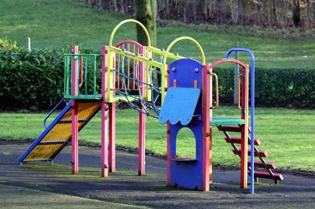 На такую детскую площадку стоит собрать деньги.