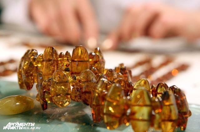 Калининградские янтарщики установили новый рекорд по добыче янтаря.