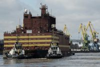 Плавучая АЭС «Академик Ломоносов» может обогреть и осветить целый город.