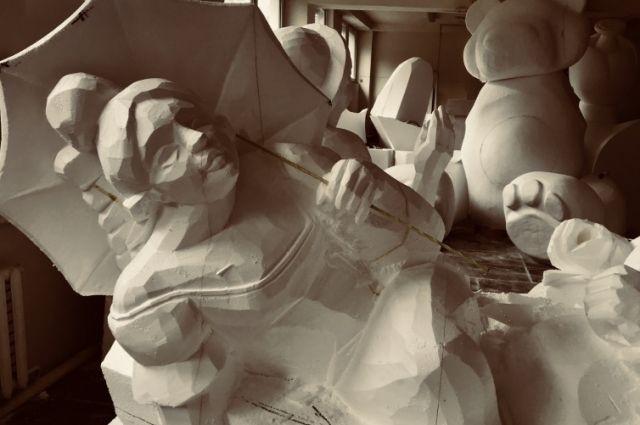 А пока новые арт-объекты дожидаются своего часа в мастерской.