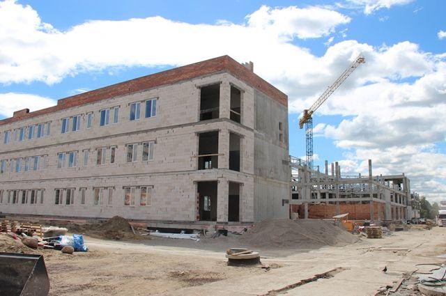 Самая большая школа Калининградкой области примет учеников в 2019 году.