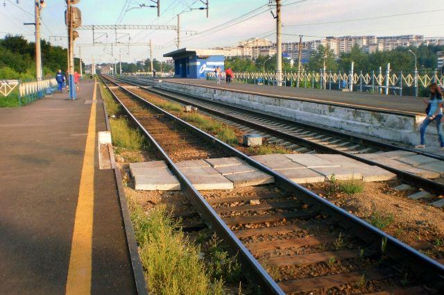 Мальчика обнаружили на железнодорожных путях около станции Агрыз.
