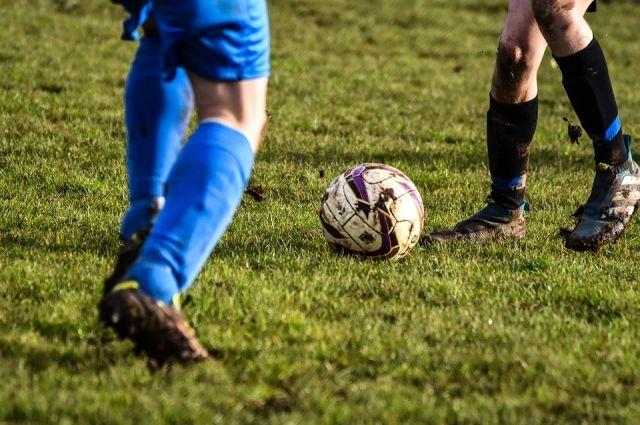 В футбол сыграют представители национальных центров региона.