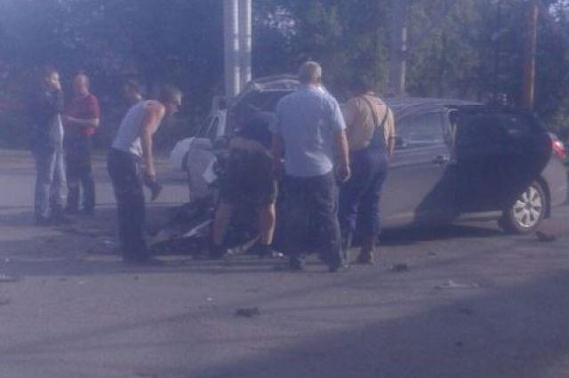 В ДТП в Оренбурге погибла женщина.