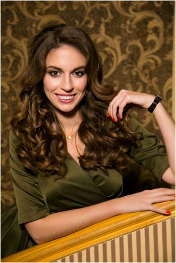 Елена Губарева, руководитель отдела рекламы.