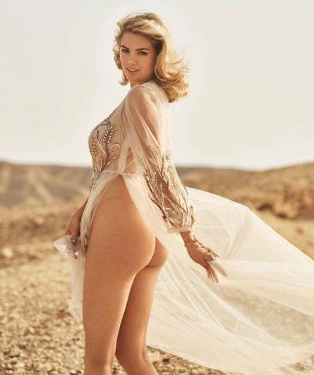 В прошлом году самой сексуальной женщиной года по версии Maxim была признана модель и дочь актера Стивена Болдуина, Хейли Болдуин.