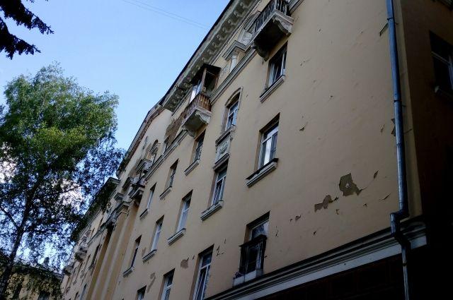 Ремонт «сталинки» в центре Кемерова может занять несколько месяцев.