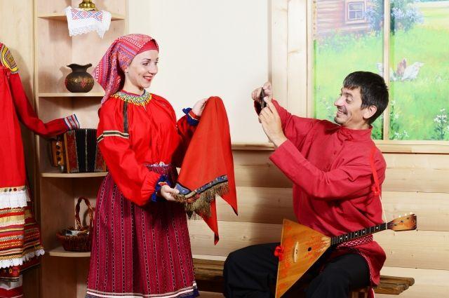 Наряд Светланы Лебедевой конца XIX века обошёлся семье в 100 тыс. руб.