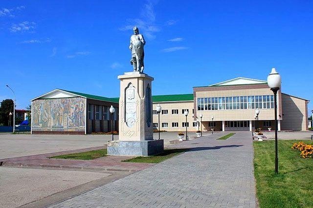 Памятник Евпатию Коловрату.