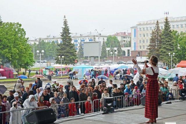 Уфе вДень города нагала-концерте фестиваля «Уфимские липы» подарят песню